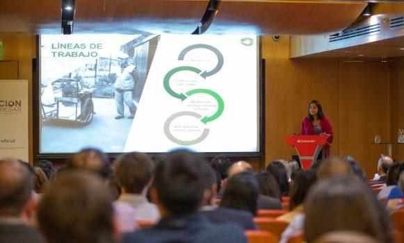 Banco Santander Chile fortalece su compromiso para reducir los residuos que llegan a vertederos y rellenos sanitarios