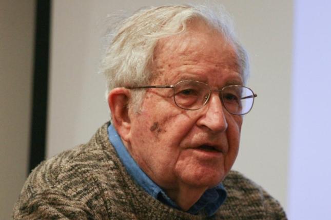 La Fundación BBVA premia a Noam Chomsky