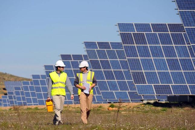 Resurge el negocio solar en España