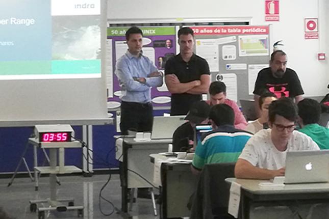 Indra y la Politécnica de Madrid forman expertos en ciberdefensa