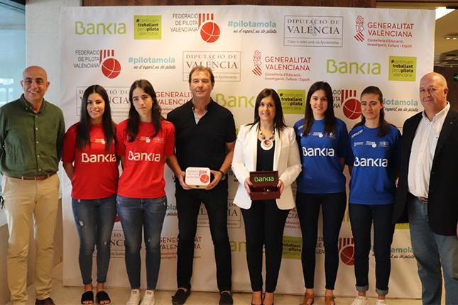 Bankia y la Federació de Pilota Valenciana presentan la final de Liga Bankia de Raspall Femenino