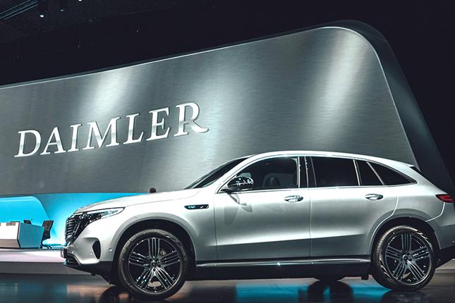 Daimler mejora sus perspectivas de beneficio para 2020