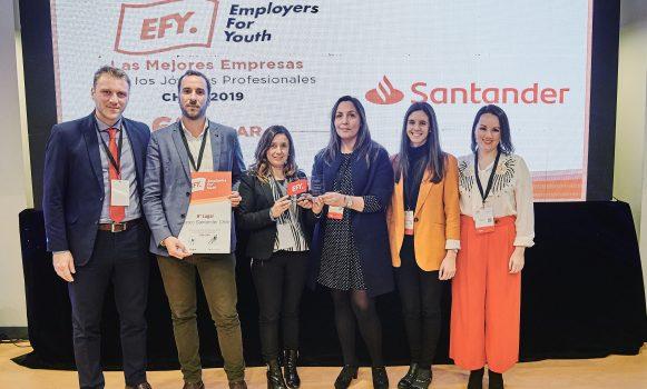 Banco Santander Chile, el mejor empleador para jóvenes profesionales en la industria financiera según estudio