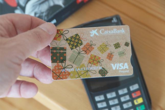 CaixaBank lanzará sus primeras tarjetas biodegradables