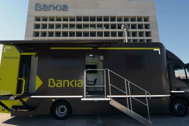 Los ofibuses de Bankia dan servicio a 250.000 personas