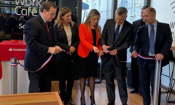 Banco Santander Chile inaugura el Work Café número 50 en el campus de la Universidad Católica