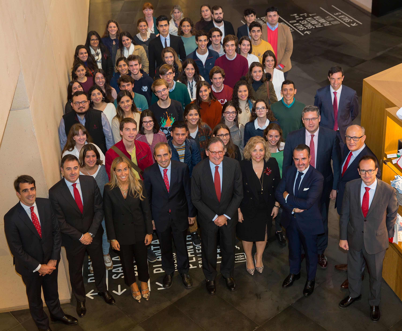 Banco Santander y la UN renuevan convenio para fomentar becas