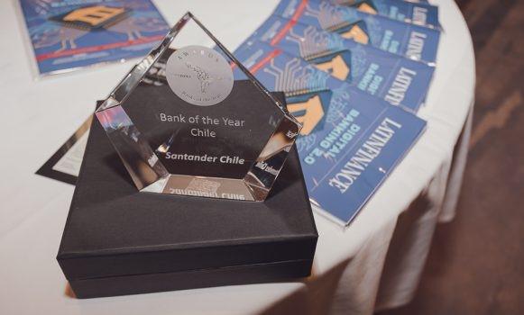 Banco Santander Chile, reconocido como 'Banco del Año' por LatinFinance