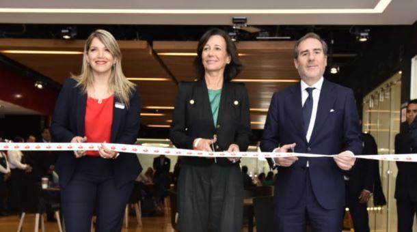 Banco Santander inaugura su primer Work Café en México