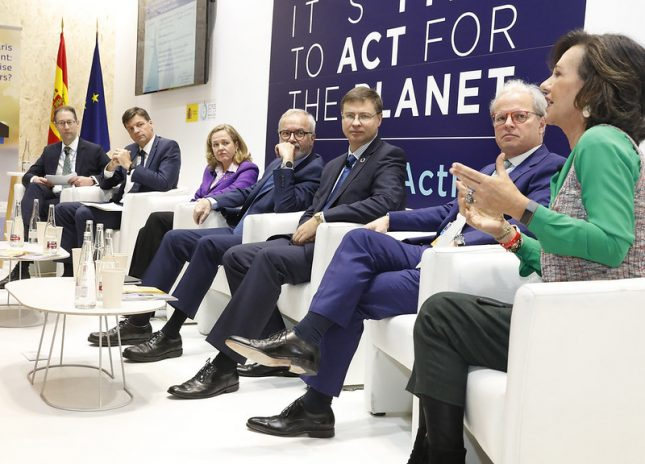 """Ana Botín (Banco Santander) """"El cambio climático es el mayor reto al que se enfrenta el mundo y nos exige a todos tomar decisiones"""""""