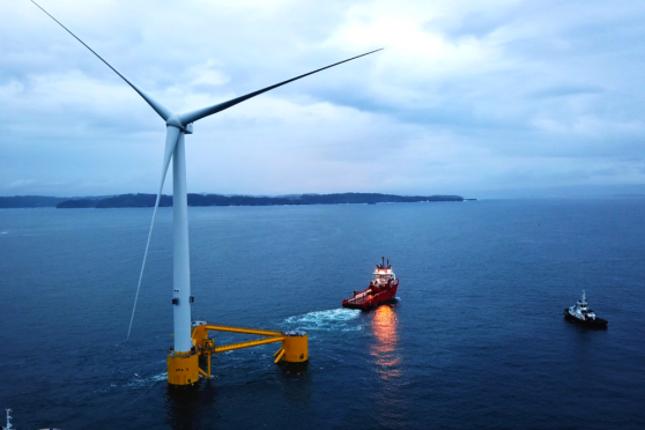 Continúan los trabajos de construcción del primer parque eólico flotante de Europa