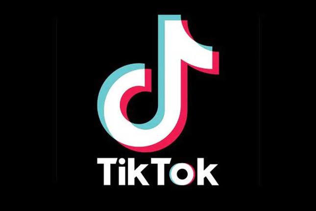 Trump insiste en cerrar este mes la venta de TikTok