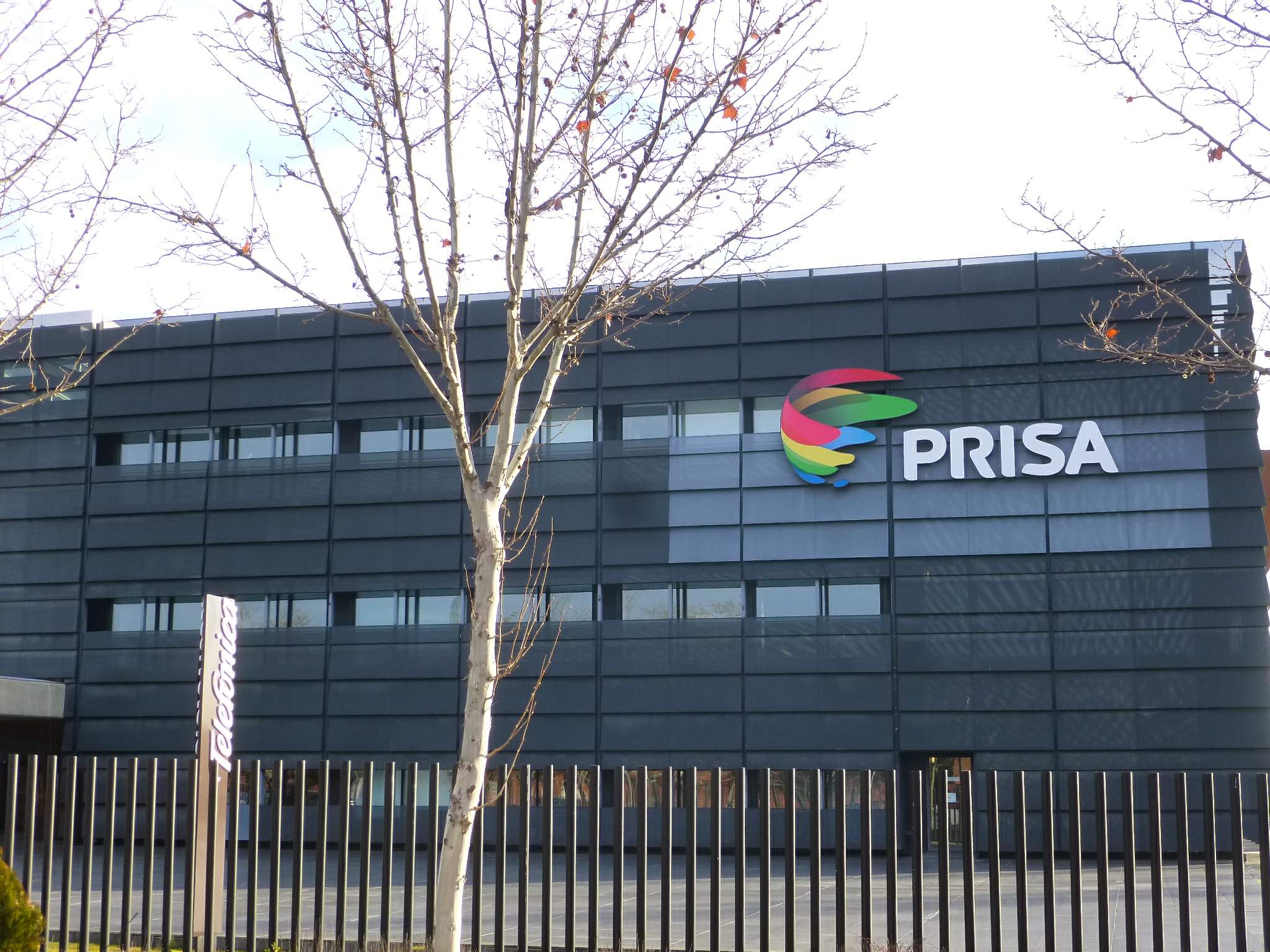 Prisa avanza en la venta de Media Capital a Cofina