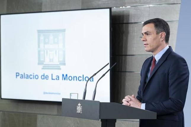 Sánchez insta a la CE a aprobar los planes de recuperación