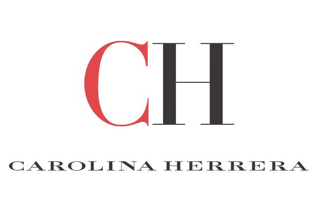 Carolina Herrera confecciona mascarillas y batas para personal esencial