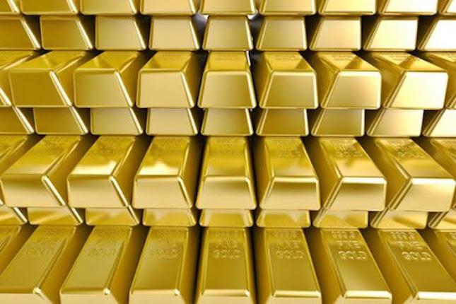 El oro rompe la barrera de los 2.000 dólares