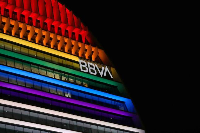 BBVA forma a sus directivos para gestionar la diversidad LGTBIQ+