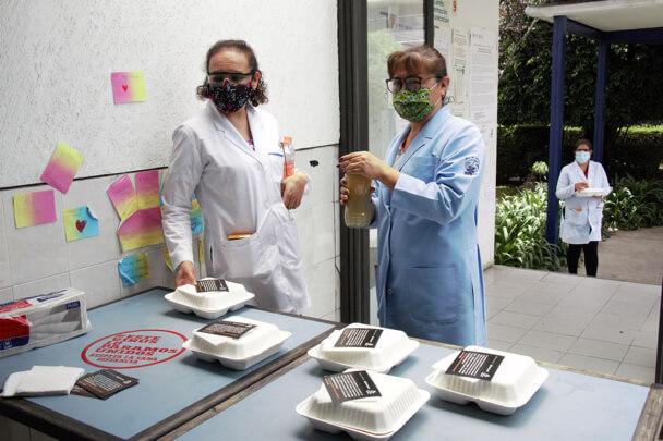 Banco Santander México dona 125 mil alimentos calientes al personal sanitario de hospitales del país
