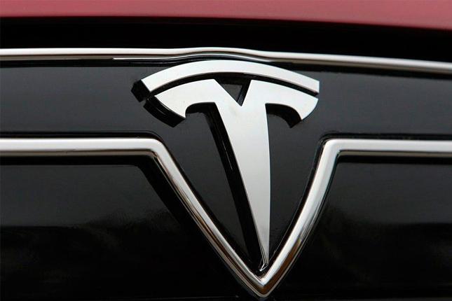 La producción de autos de Tesla podría llegar a 500.000 este año