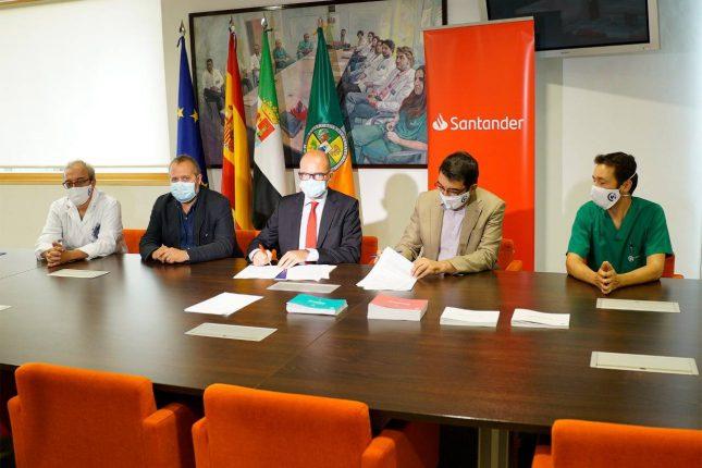 Banco Santander respaldará un proyecto de I+D frente al covid-19 del CCMIJU