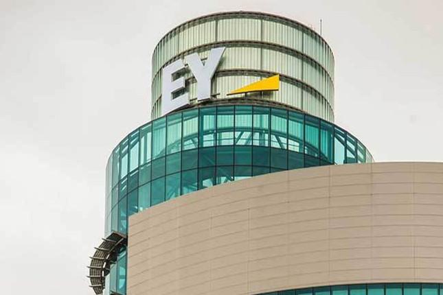 EY auditará las cuentas de BBVA en los próximos tres años