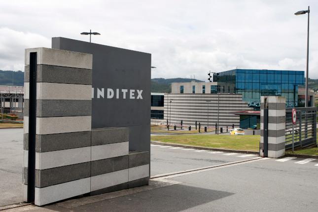Caen un 41% las ventas de Inditex en España