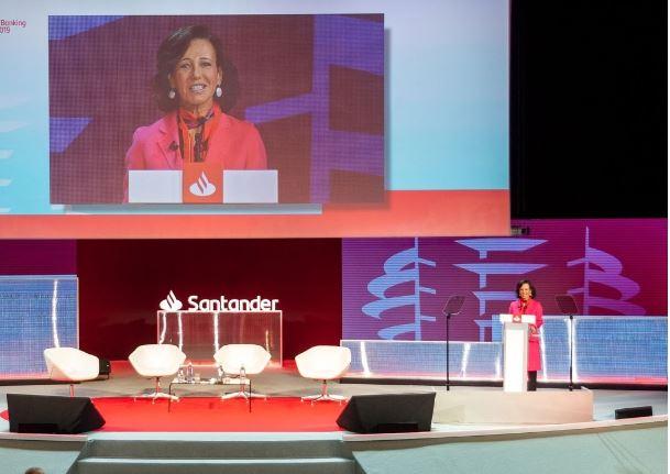 Continúan los debates en la XIII Conferencia Internacional de Banca de Banco Santander