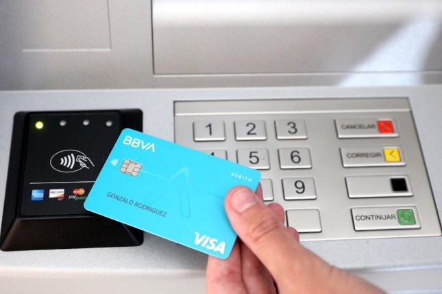 BBVA presenta sus tarjetas Aqua