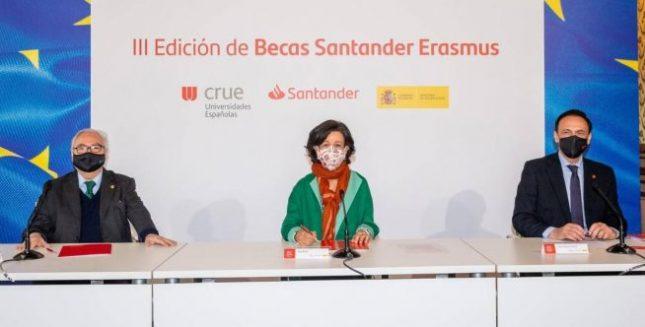 """Ana Botín (Banco Santander): """"No hay mejor inversión que la educación para avanzar hacia un modelo más productivo, inclusivo y sostenible"""""""