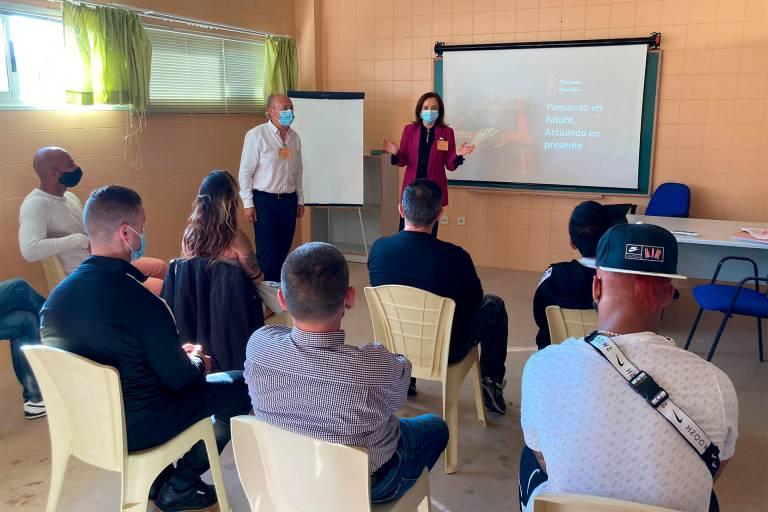 Avanzan las sesiones de educación financiera de Banco Santander en centros penitenciarios españoles