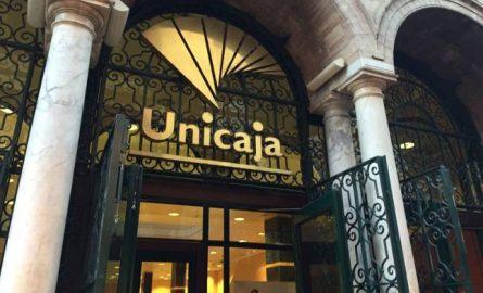Unicaja Banco impulsa medidas para apoyar a sus clientes y empleados